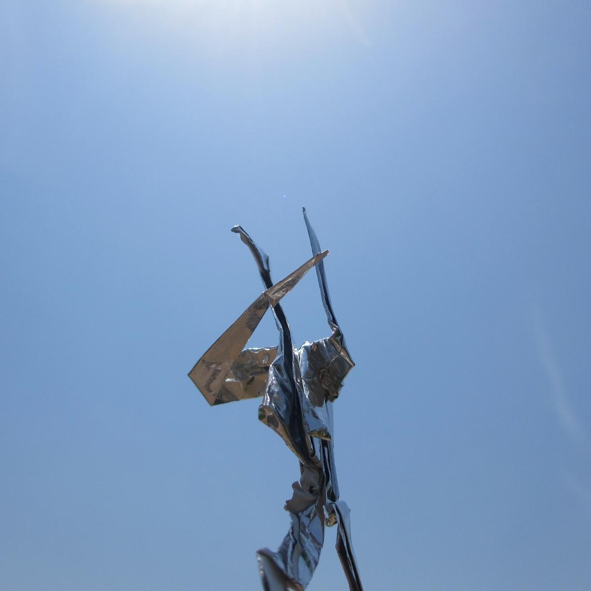 銀色の戦士!銀紙で作ったウルトラマン折鶴